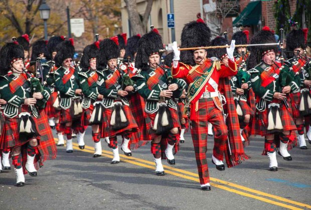Scottish Christmas Walk Parade. Photo by Richard Nowitz for Alexandria Convention & Visitors Association