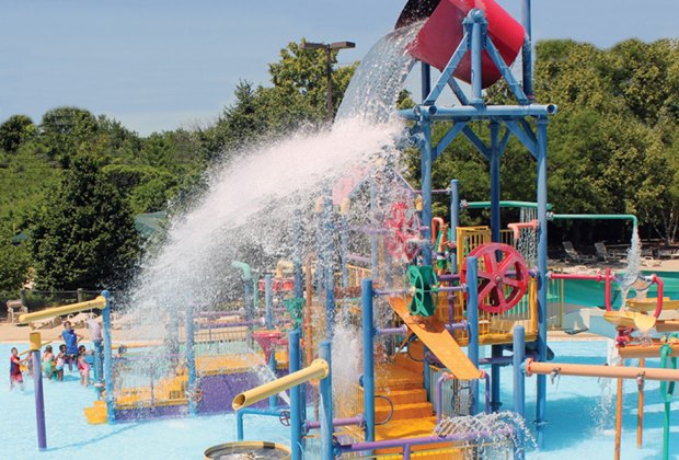 Water Playgrounds and Spraygrounds for Chicago Kids: Skokie Water Playground