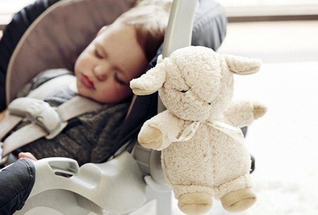 The portable Cloud b Sleep Sheep plays white noise and baby sleep music.