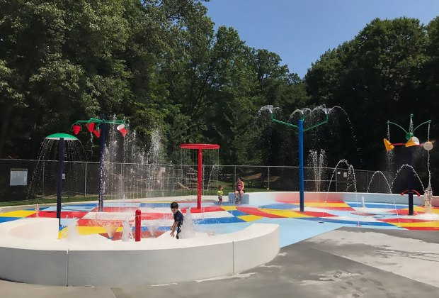Sprain Ridge Pool in Yonkers features a cool splash pad with sprinklers and jets.