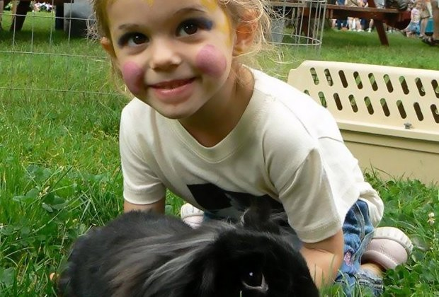 Girl and bunny at Sweetbriar Nature Center