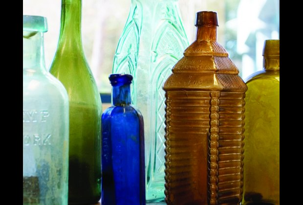 Intact bottles from a 19th-century vessel in Shipwreck!