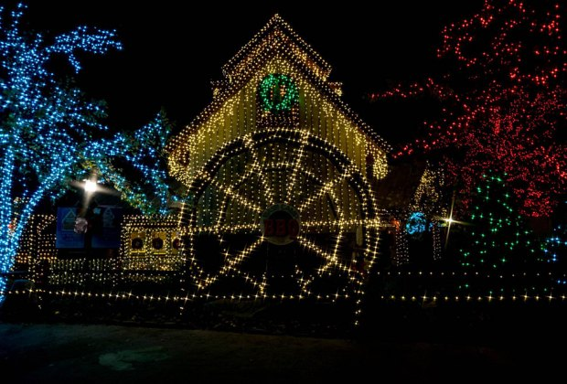 Drive-Thru and Drive-By Christmas Displays in Atlanta