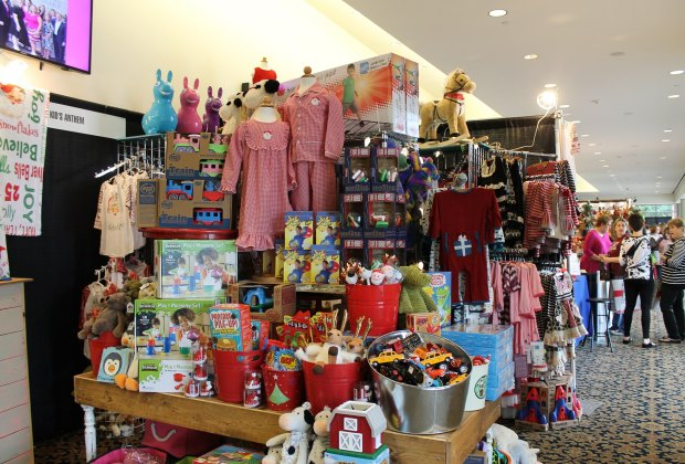Holiday Craft Fairs Boston Area
