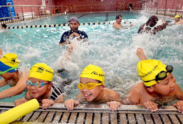 free swimming lessons for adults nyc