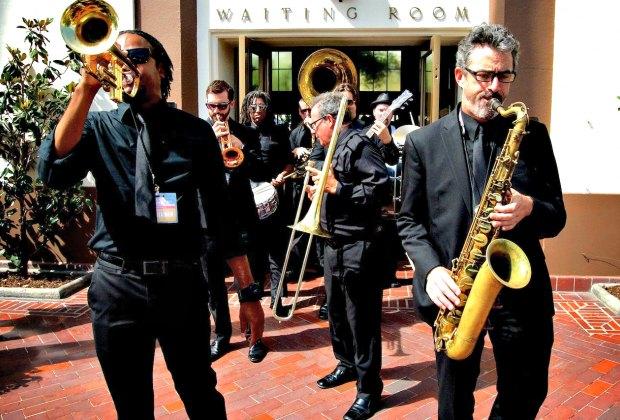 The Mudbug Brass Band outside of Union Station. Photo by Hojoon Kim