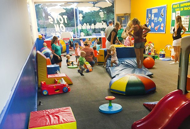 Weekday events for li kids free cones basketball crafts for Craft party long island