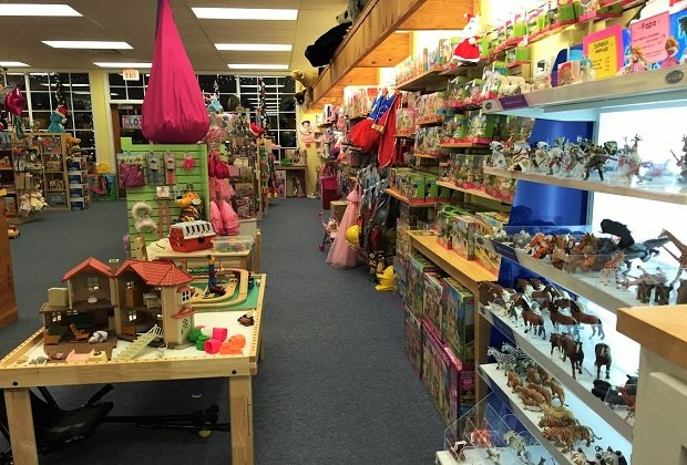Once Upon A Child Enfield Ct >> Independent Toy Stores In The Hartford Area Mommypoppins