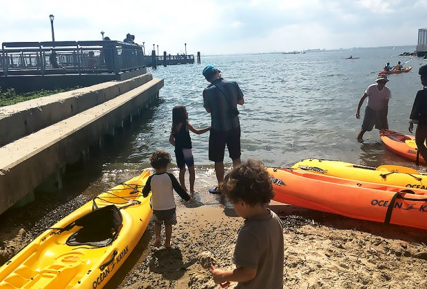 Red Hook with Kids: Parks, Play Spaces, Restaurants, Mini