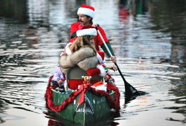 Venice Canals Holiday Boat Parade. Photo by Michael Dorausch/Flickr