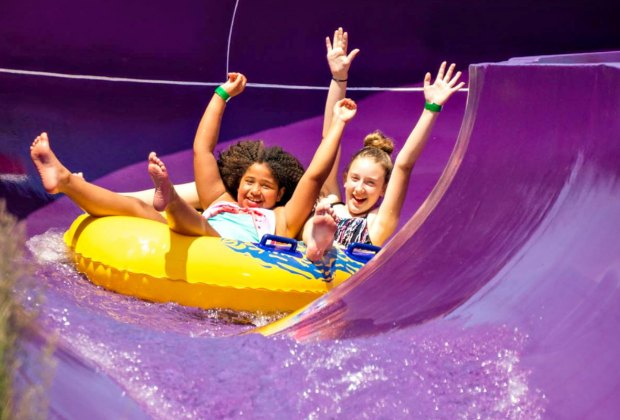 14 Outdoor Water Parks With Water Slides and Spraygrounds