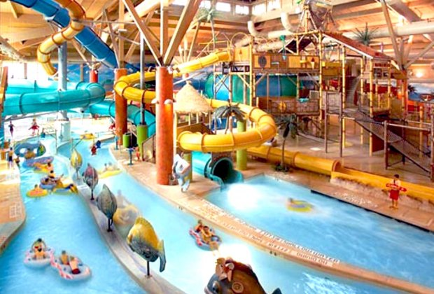 10 Best Indoor Water Parks for Kids in the US | MommyPoppins