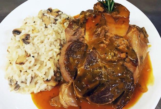 Divino Cucina Italiana Restaurants is serving Christmas dinner takeout