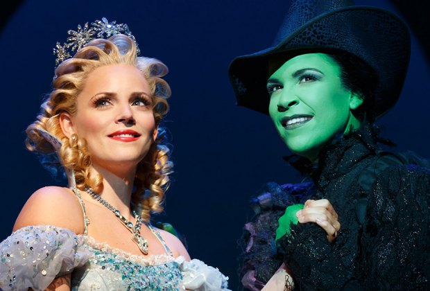 Best Broadway Shows for Kids and Families | MommyPoppins