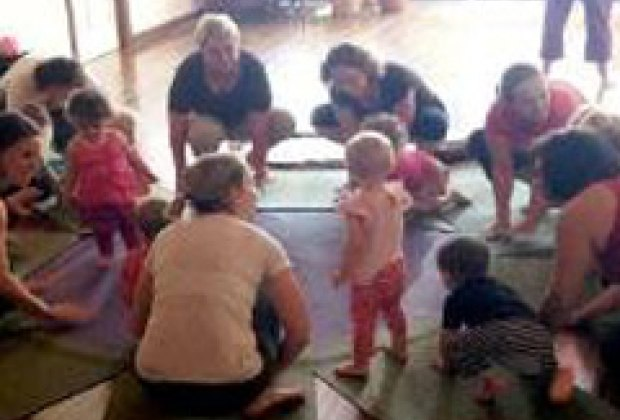 9 yoga studios in nyc with parent child classes mommy for Things to do with kids today in nyc