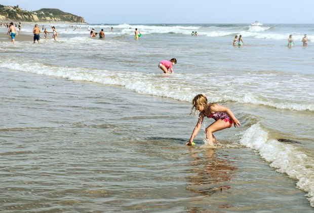 12 Kid-friendly Beaches for Families in Los Angeles & Orange