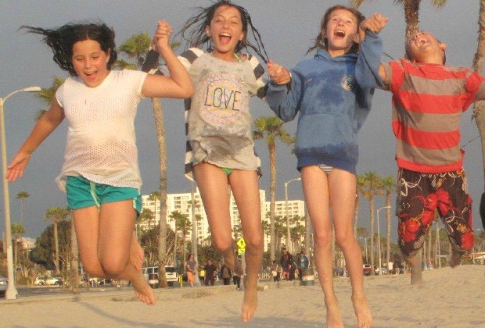 JOCELYN: Teen public store Summertime Fun