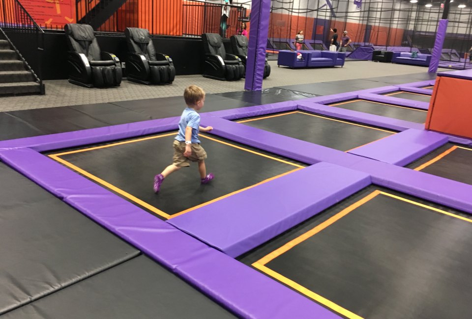 bounce in to altitude trampoline park in katy