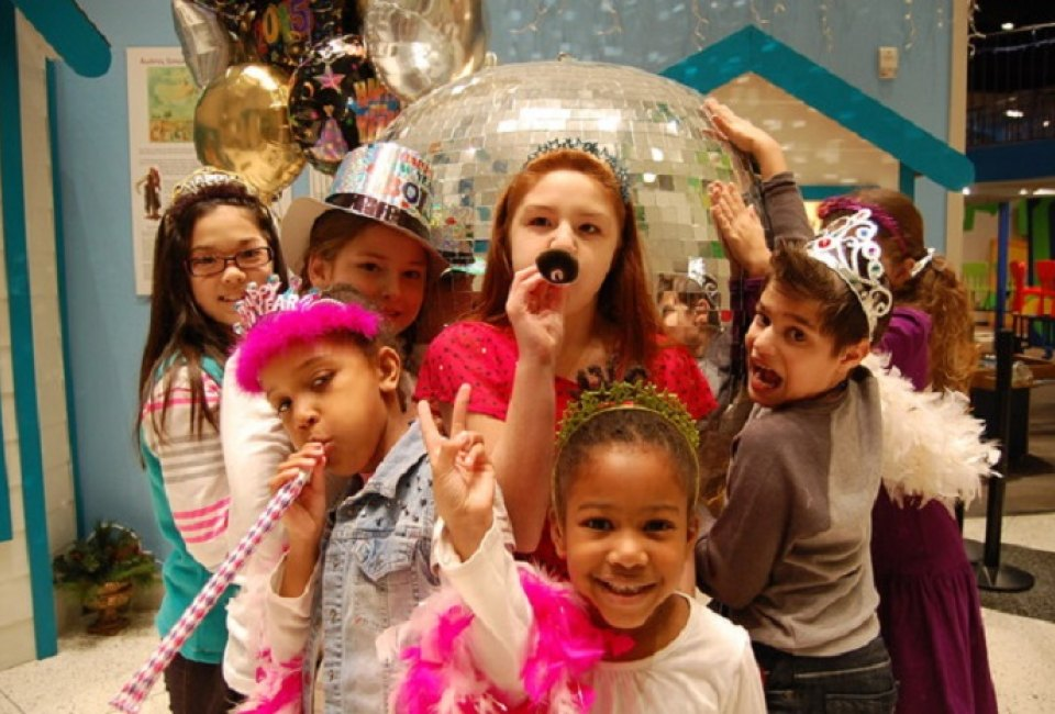 rockin new year wonderweek at fort bend children s discovery center