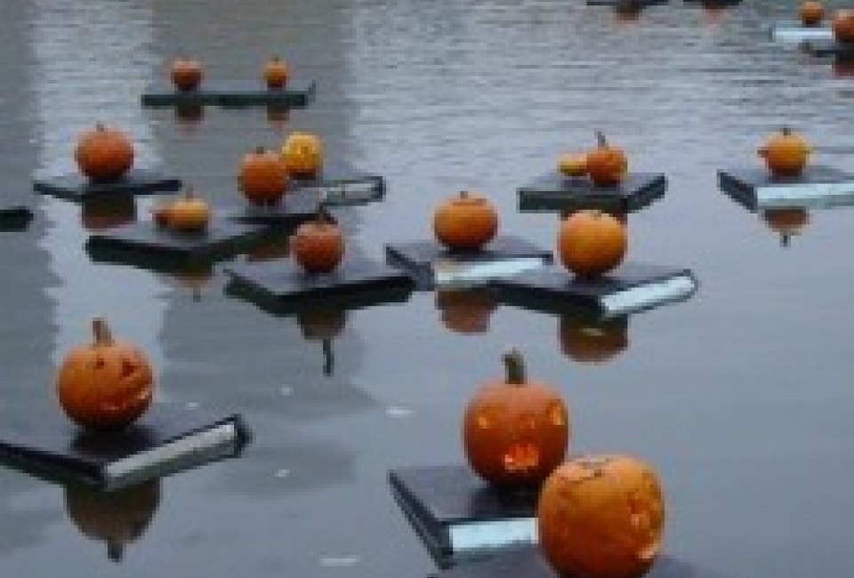 free and fun things to do this weekend for nyc kids halloween festivals and parades pumpkin sail school fairs oct 22 23