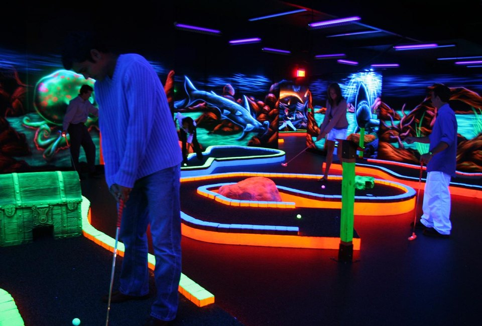 4 Spots to Play Glow-in-the-Dark Mini Golf Around Houston ...