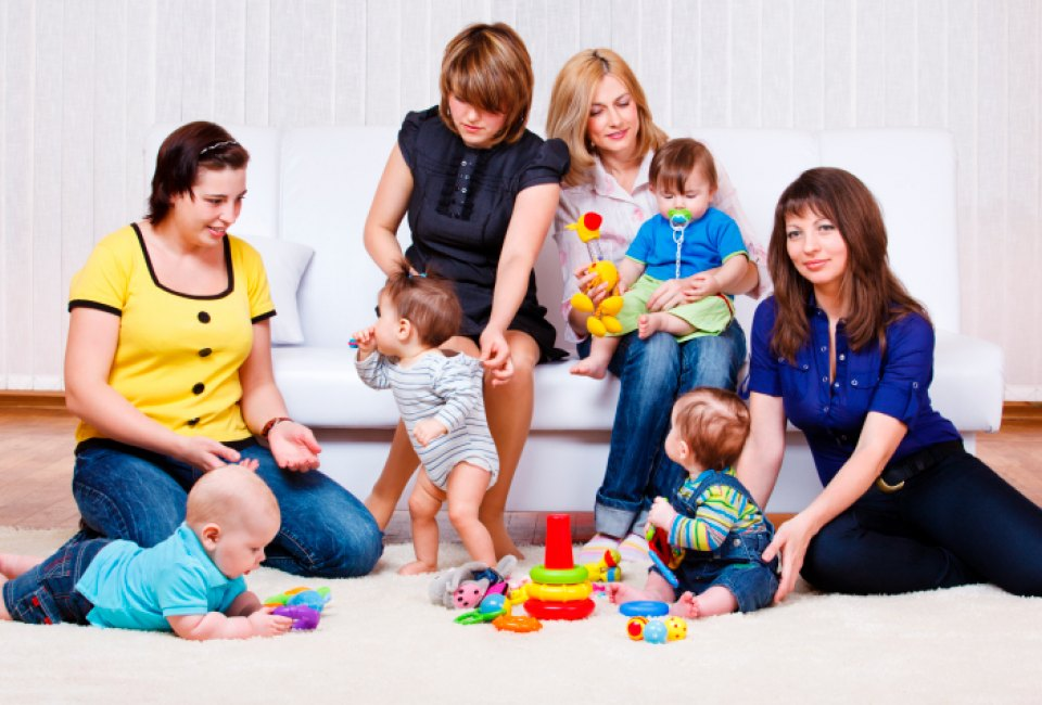 10 ways to meet other moms in houston mommypoppins things to do
