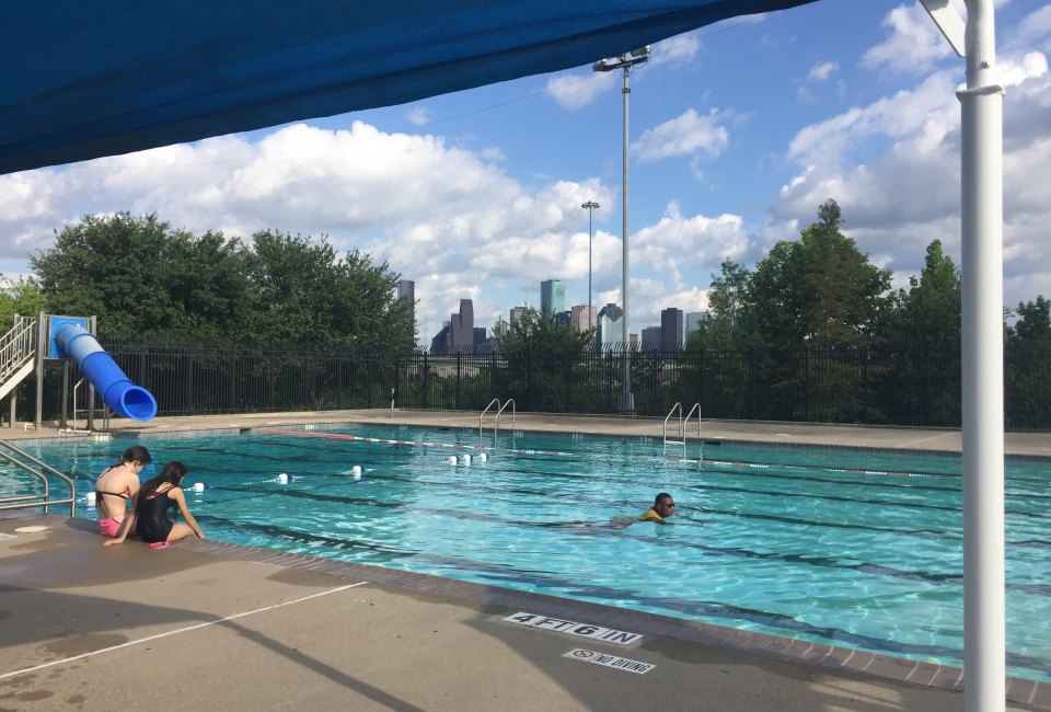 9 Free Pools In Houston To Know About