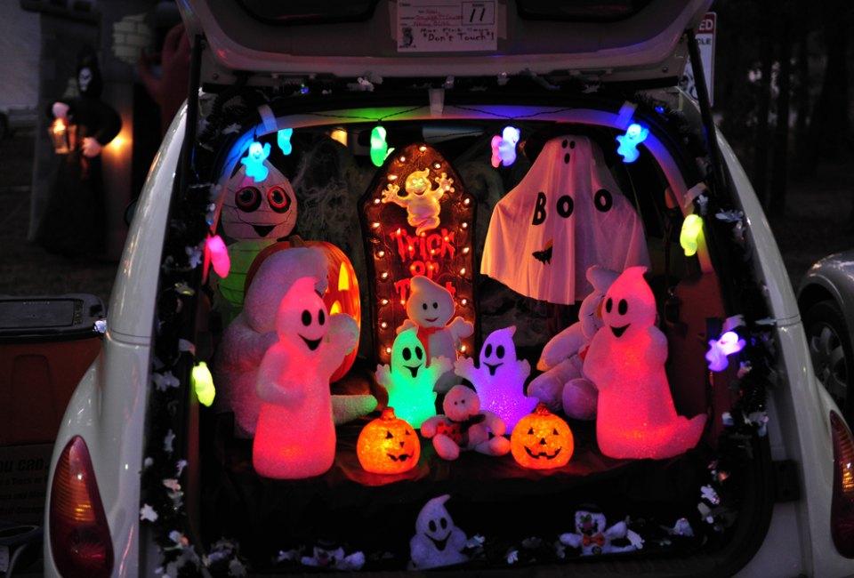 26 houston area trunk or treats for halloween