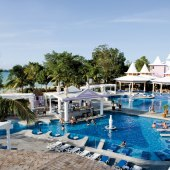 Things to do with kids: Hotel Riu Palace Tropical Bay Jamaica All-Inclusive Family Resort