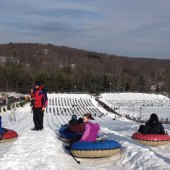 Things to do with kids: Camelback Mountain Resort: Family Winter Weekend Getaway in the Poconos