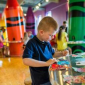 Things to do with kids: Crayola Experience Review: A Day Trip for Doodlers