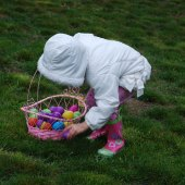 Things to do with kids: Easter Egg Hunts Around the Philadelphia Area