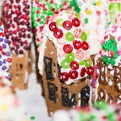 Things to do with kids: Weekend Fun: Holiday Trains, GingerBread Lane, Kid Lit, November 14-15