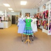Things to do with kids: Back-to-School Shopping on a Budget: Boston's Best Consignment Shops for Kids