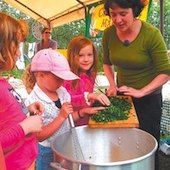 Things to do with kids: Connecticut Farmers Markets and Farm Stands Kids Will Love