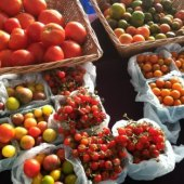 Things to do with kids: Farmers' Markets on Long Island: Fresh Local Food for Your Family