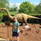 Things to do with kids: Dinomania: 9 Destinations In & Near NYC for Dinosaur-Obsessed Kids