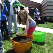 Things to do with kids: Weekend Fun for NJ Kids: Cherry Blossoms, Earth Day  & Street Fairs April 18-19