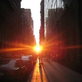 Things to do with kids: Who Needs Spinal Tap? Check Out Manhattanhenge