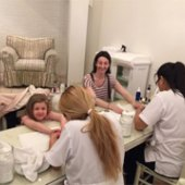 Things to do with kids: 5 Kid-Friendly NYC Nail Salons for Organic Manicures and Pedicures