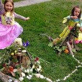 Things to do with kids: Weekend Fun for CT Kids: Circus, Fairies, Art, and Blueberries July 18-19