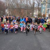 Things to do with kids: Turkey Trots and Holiday Fun Runs: Festive Foot Races for Boston Families